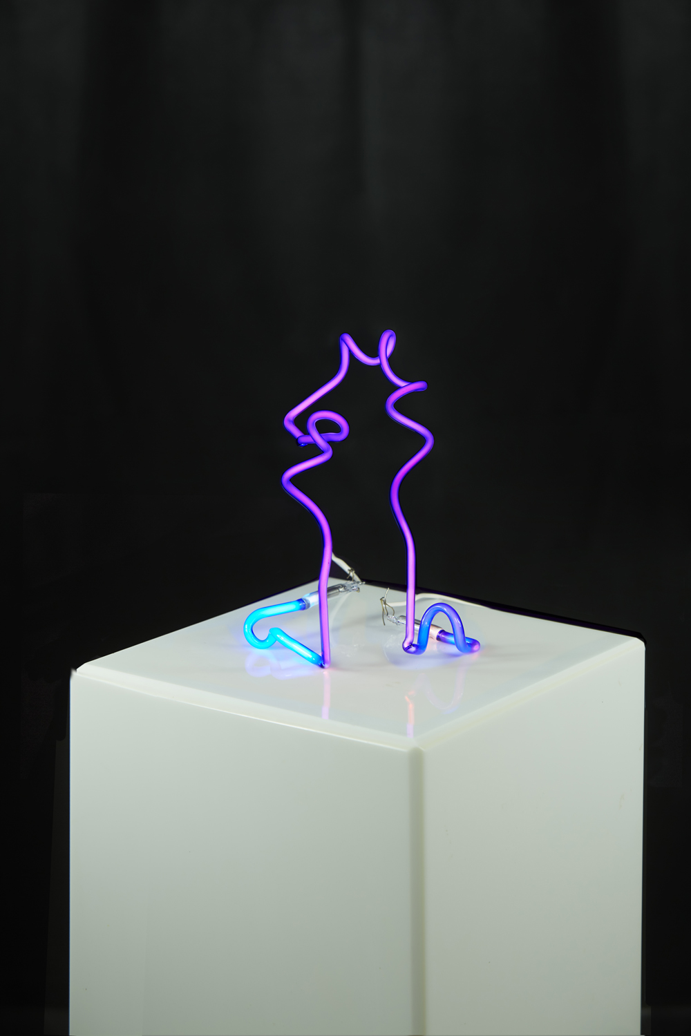 marco guglielmino <p>Untitled (Blue), 2016.<br /> 9 x 7.5 x 7 inches.<br /> Glass, Neon Gas, and Mercury. Sold</p>  portfolio